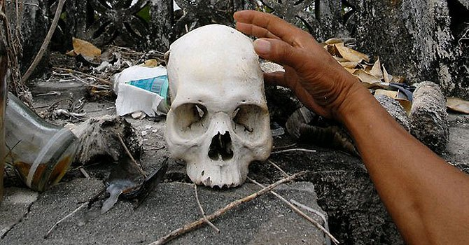'Sorceress' burned alive in Papua New Guinea - Telegraph